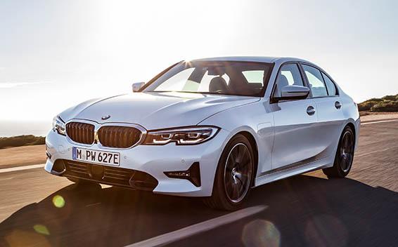BMW 3シリーズ プラグインハイブリッド 新型・現行モデル