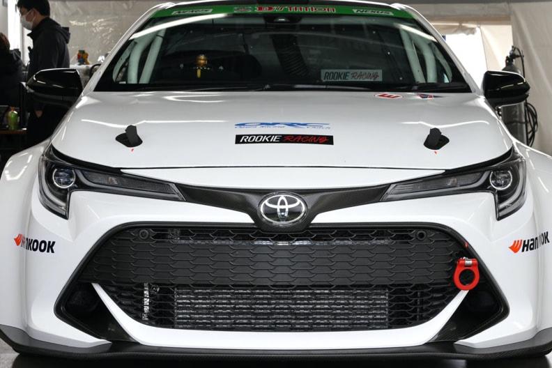 水素エンジンの性能・利点・弱点とは? モータースポーツに一筋の光…レーシング・カローラが富士24時間合同テストで走行