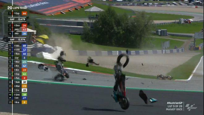 MotoGP決勝、ザルコとモルビデリが大クラッシュ。Moto2に続き赤旗中断へ/第5戦オーストリアGP