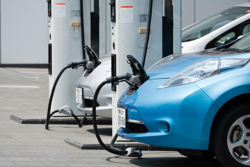 【環境に優しいことが購入動機に】欧州ドライバーの7割は「次のクルマにEV」 日産、調査結果公表