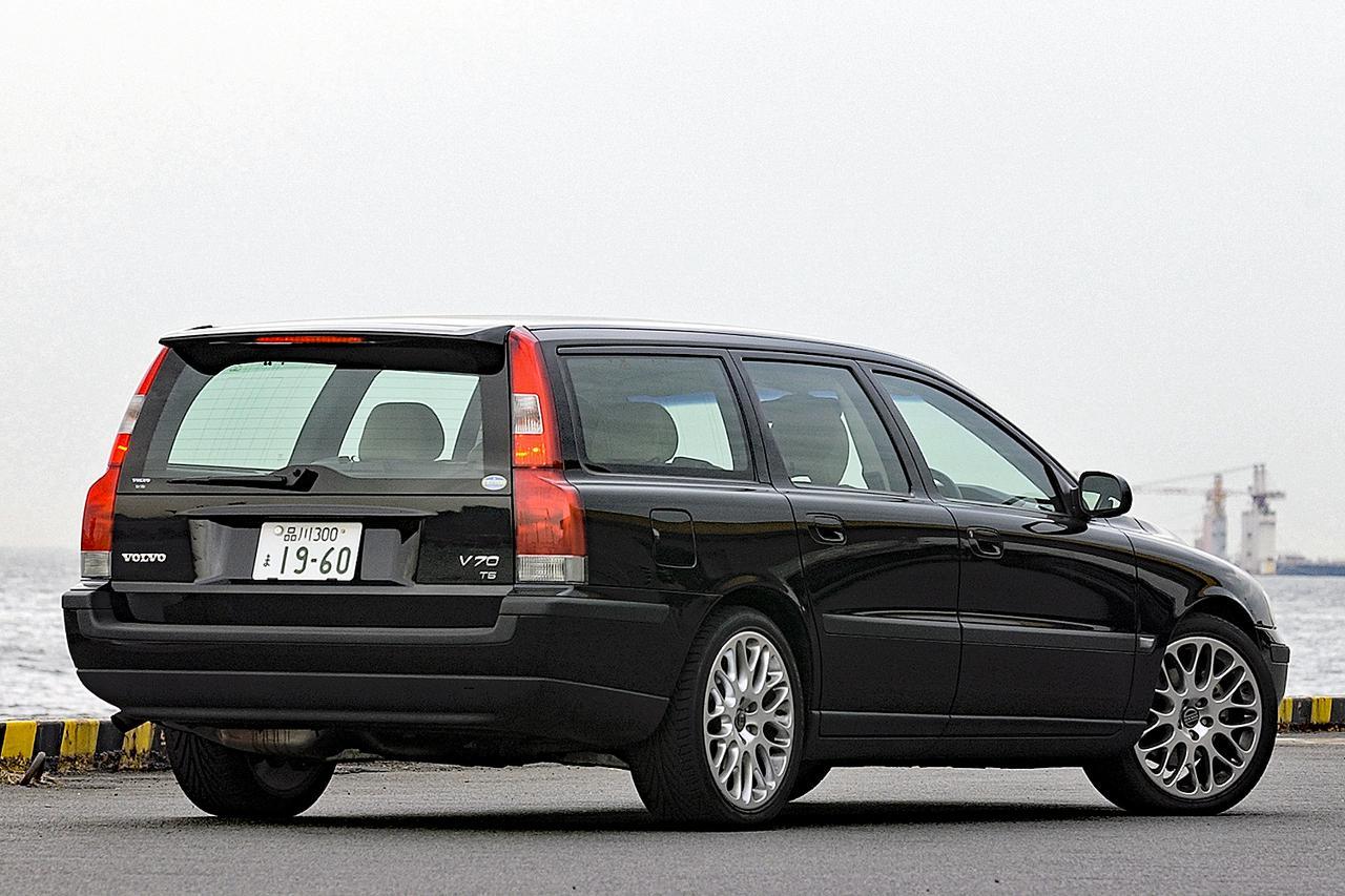 【懐かしの輸入車 55】ボルボ V70の最速バージョン「T-5」がカタログモデルに昇格した!