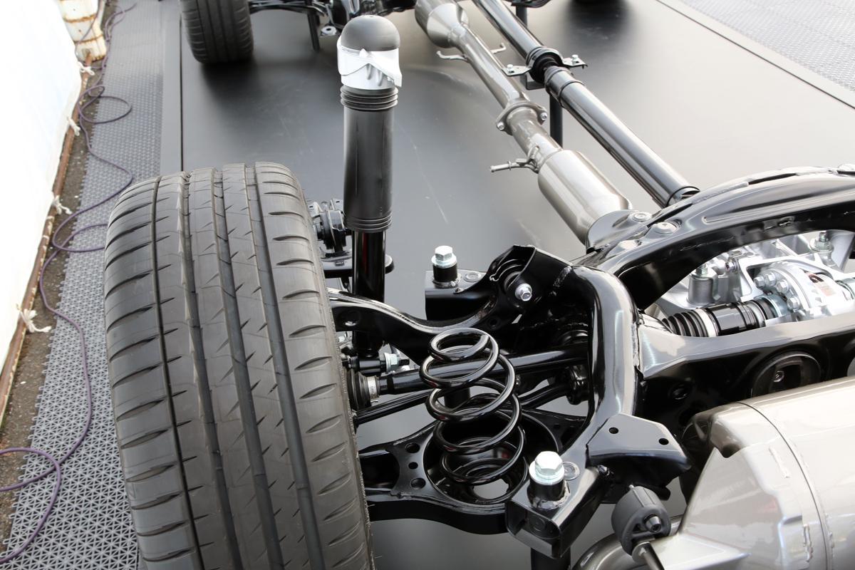 4WDマイスターのレーシングドライバーが乗って触って徹底解説! GRヤリスの「メカ」を斬る