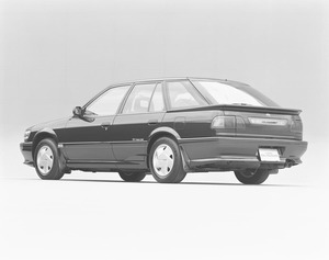 限定車でもないのに「40台」しか売れず? 鳴かず飛ばずのトホホな「平成不人気車」7選
