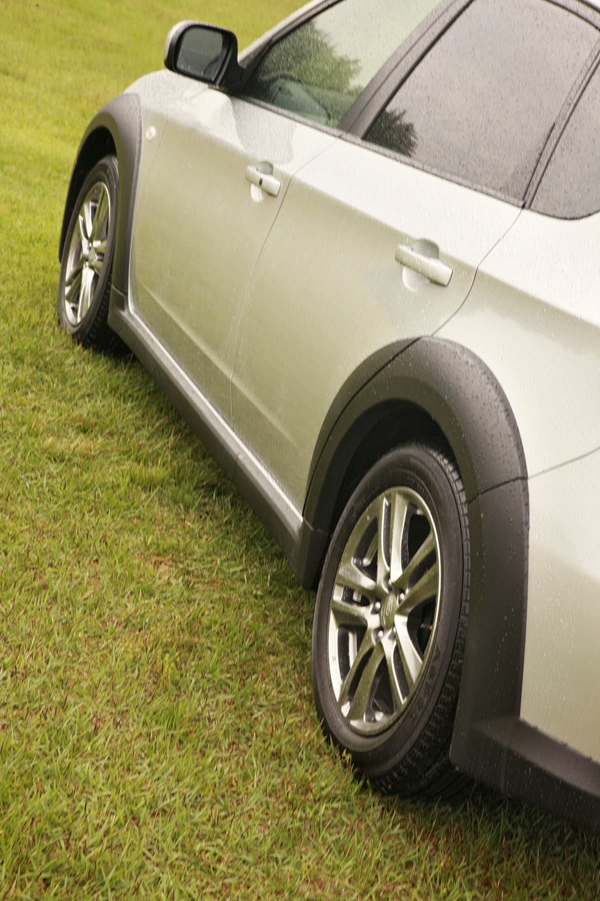 実は初代はコチラです! スバル・GH系インプレッサXV(2010年6月~2012年2月) 中古車選びに役立つ「当時モノ」新車レビュー