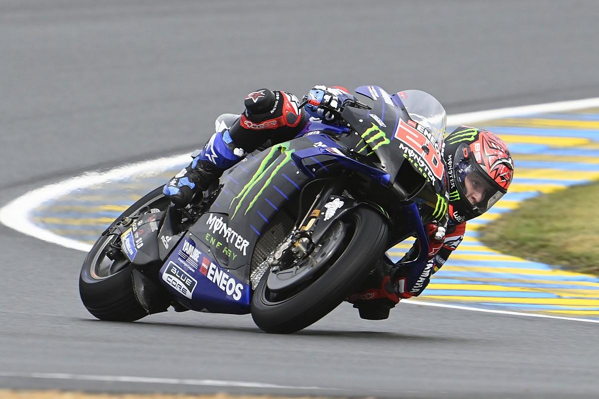"""【MotoGP】3位表彰台に満足のクアルタラロ「人生で最も奇妙なレースだった……」手術明け、初の""""乗り換え""""も経験"""
