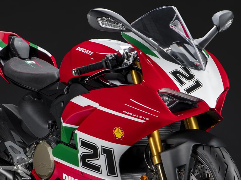 【ドゥカティ】「パニガーレV2 ベイリス1stチャンピオンシップ20周年記念モデル」を発表! 国内仕様は12月発売予定(動画あり)