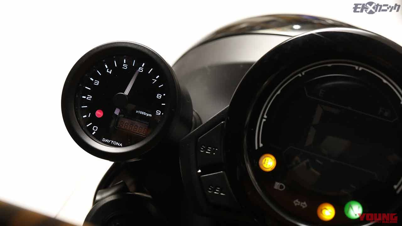 ホンダCT125ハンターカブにボルトオンでコンパクトなタコメーターを追加〈デイトナ〉