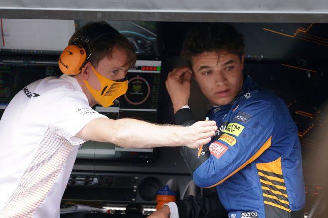 ノリス「ターン1でアクシデントに巻き込まれ、どうすることもできなかった」:マクラーレン F1第11戦決勝