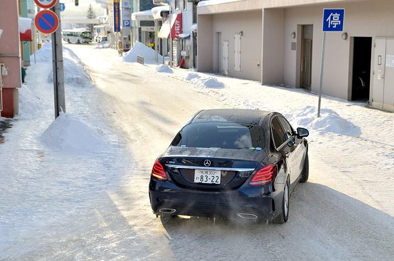 """秘密は""""電子制御との協調""""。コンチネンタルのスタッドレス「バイキング・コンタクト 7」は厳冬の北海道でも通用するのか?"""