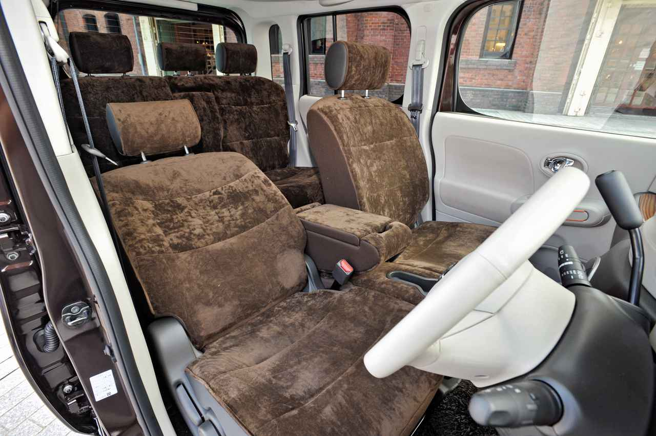 【10年ひと昔の国産車 03】日産キューブは世界でもニューウェーブとして評価された!