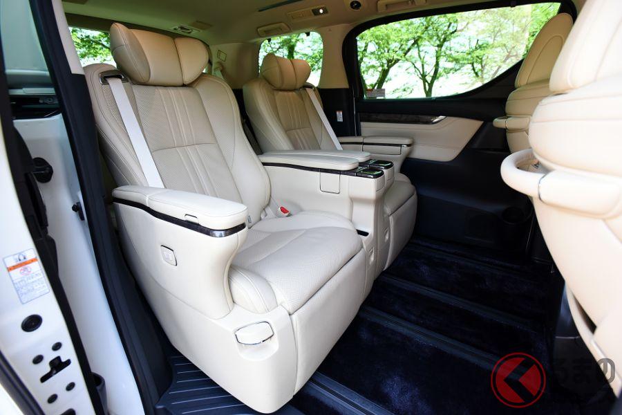 「アルファード」に負けないトヨタ超豪華ミニバン!? 「ヴェルファイア」フル装備仕様の全容と価格は