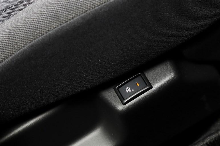 新型スズキ「ソリオ」試乗 居住性だけでなく走りも優れた大衆実用車