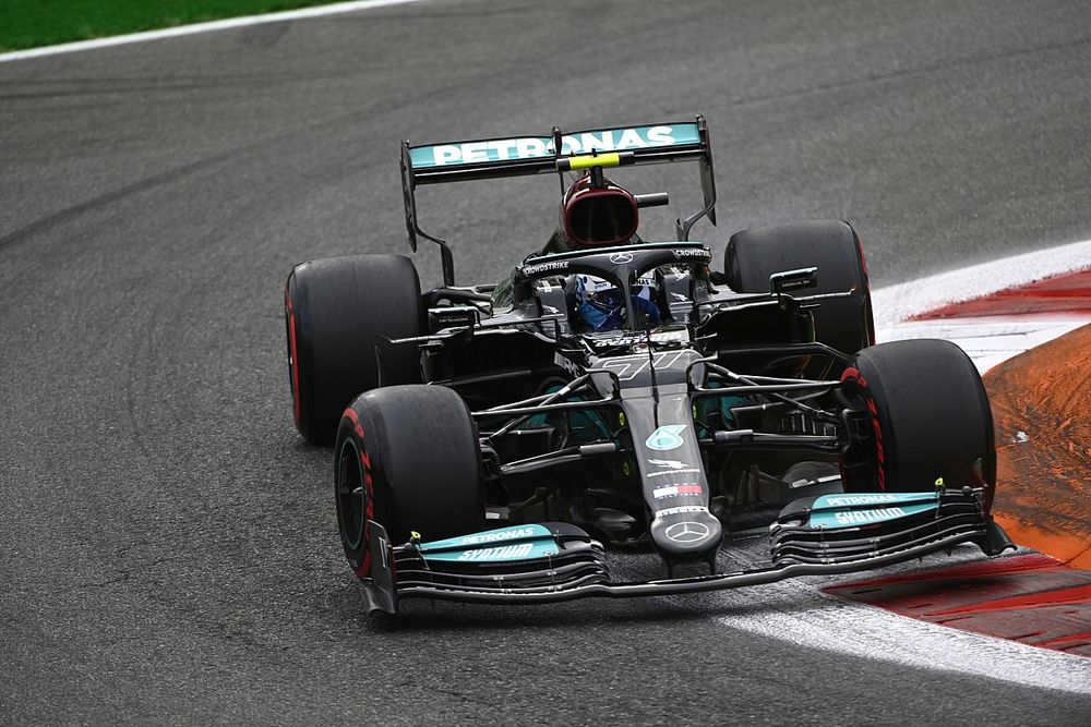F1イタリア予選:ボッタス最速、メルセデスが最前列独占でスプリント予選へ。角田裕毅はQ1敗退17番手