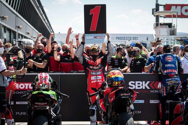 SBK第3戦エミリア・ロマーニャ:ドゥカティのリナルディが今季初優勝、2レースを制す。レイは未勝利に終わる