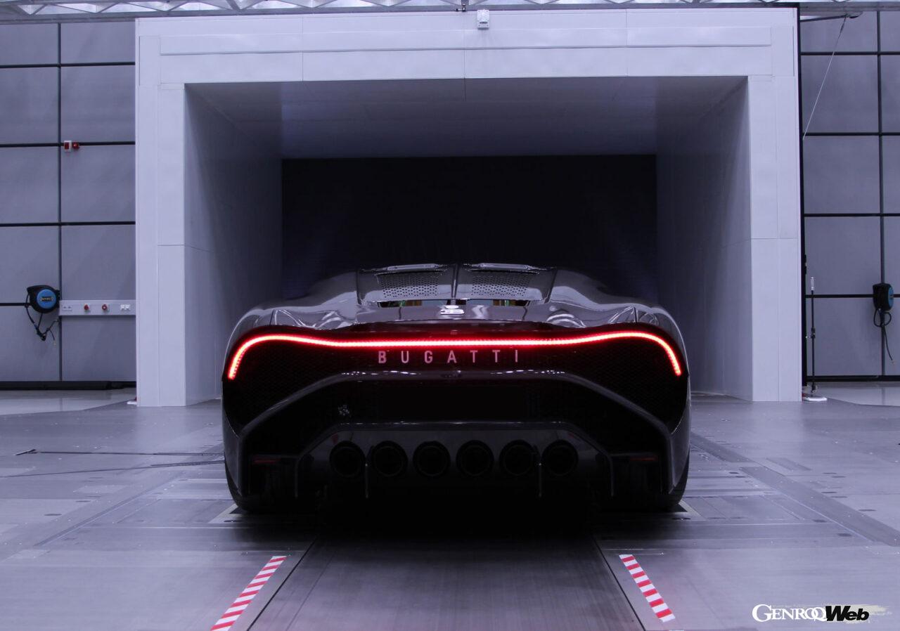 世界に1台のブガッティ「ラ ヴォワチュール ノワール」がデリバリーへ。漆黒のワンオフモデルは邦貨で約14億円!