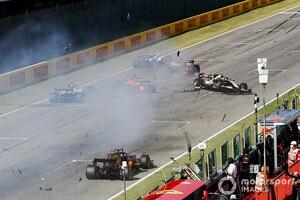 """ムジェロ""""セーフティカー明け再スタート""""で起きた多重クラッシュ……GPDA、FIAに書簡を送り質問「もっとうまくやるために」"""