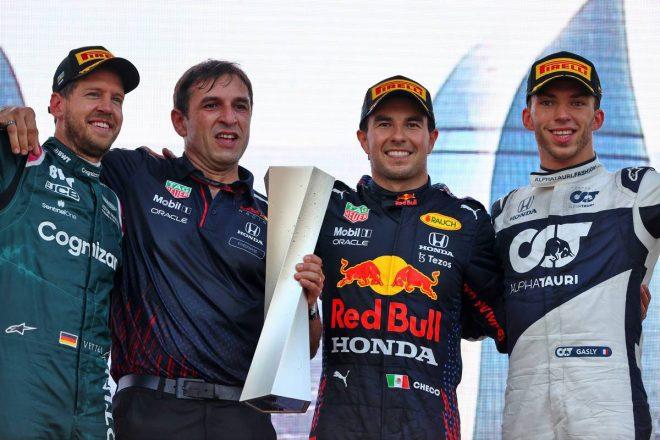 大波乱のレースでペレスがレッドブル移籍後初優勝。角田裕毅は自己最高7位に【決勝レポート/F1第6戦】