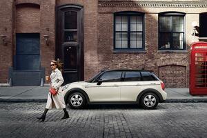 ミニ・クーパーの限定車「ピカデリーエディション」が発売! 2月末までの期間限定モデル