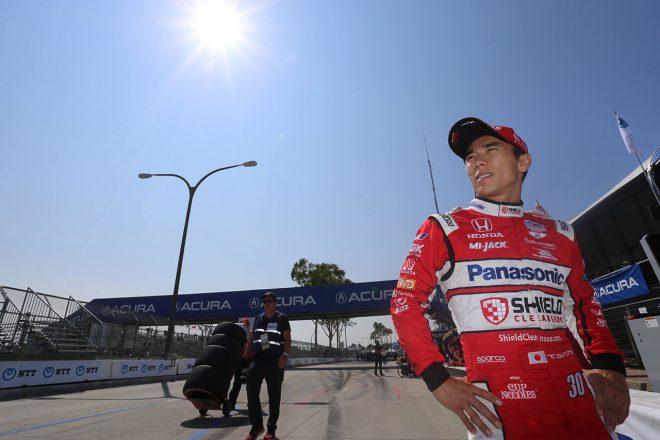 最終戦は9位入賞の佐藤琢磨「今年は苦しいシーズンで、今日も今年らしいレースだった」