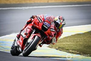 "MotoGPフランス決勝:ジャック・ミラー、晴から雨の""乗り換え""戦を制し2連勝。中上貴晶は表彰台圏内走行も7位"