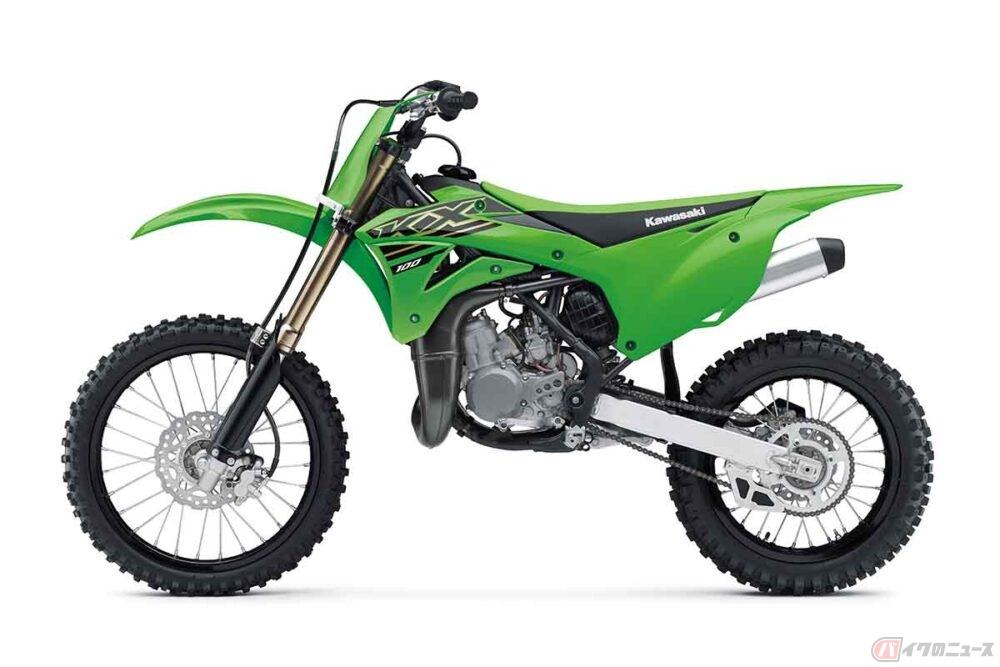 カワサキ「KX112」発売 排気量アップした2ストエンジン搭載の本格オフロードモデル