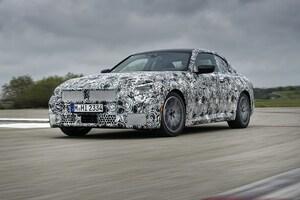 次期BMW 2シリーズクーペ発表へ秒読み段階。カモフラ画像からは注目のグリルサイズも想像できる?