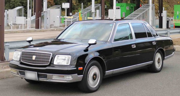 100万円で1000万円カーの気分が味わえるセンチュリーの中古車が欲しい!
