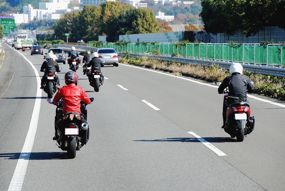 国交省、二輪車の高速道路通行料金を割引 2022年4~11月の土日祝日 100km以上で37.5%割引