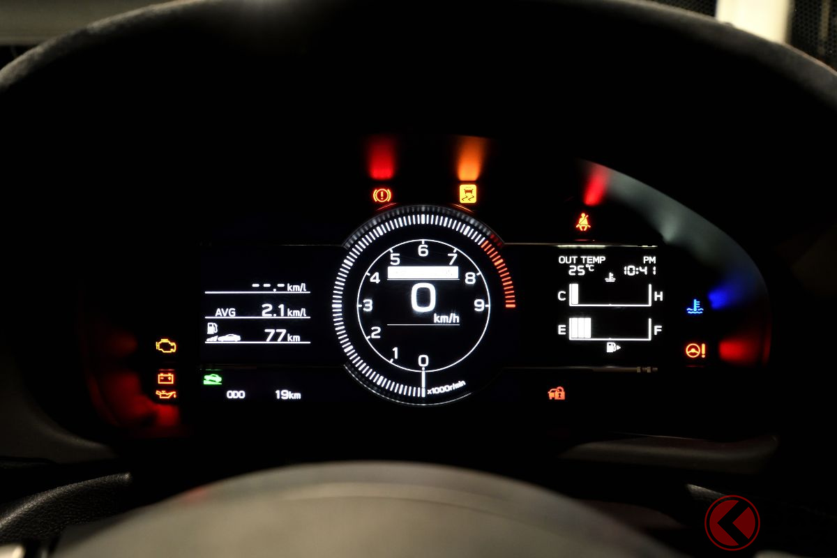 トヨタ新型「GR86」と日産新型「フェアレディZ」がソックリ!? 両車の意外な共通点とは