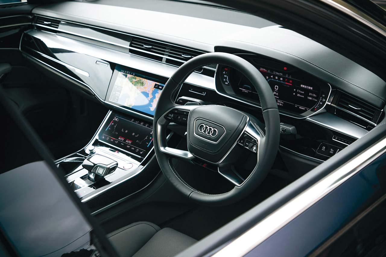 新型アウディ S8を国内初試乗! 予測するサスペンションがもたらす「真のショーファー」を味わう