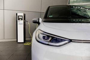 フォルクスワーゲングループは昨年、前年比で3倍となる23万1600台の電気自動車を販売