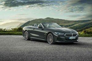 『BMW 8シリーズ』のクーペ/カブリオレに伝家の宝刀、直列6気筒搭載モデルを追加