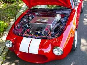 EVに5速MT搭載? 初代ロードスター(NA)のEV化は、未来のロードスターのあるべき姿なのか
