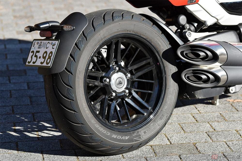 排気量2458cc!! 量産バイク世界最大排気量のトライアンフ「ロケット3R」は欲張りすぎる究極のパワークルーザー