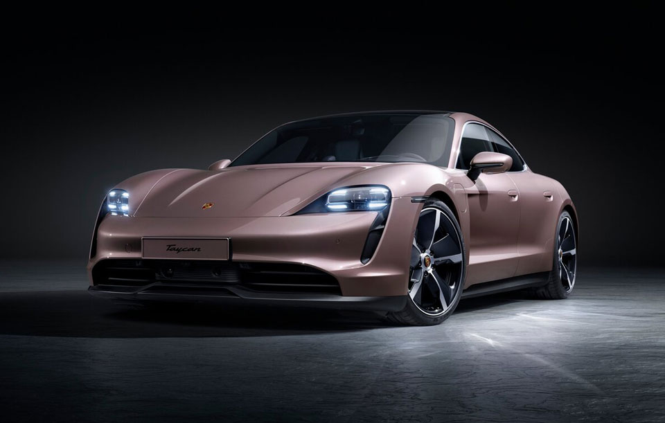 お値段3億円のモデルも!ロータス、ポルシェ、テスラほかクールすぎる超高級系EV車7選