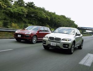 【試乗】E71型BMW X6と初代ポルシェ カイエンGTSは、SUVの近未来を示していた【10年ひと昔の新車】