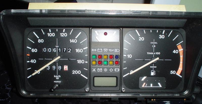 内燃機でリッター約33kmを記録した幻のポロ。1980年代に生まれた「超経済的フォルクスワーゲン」とは?