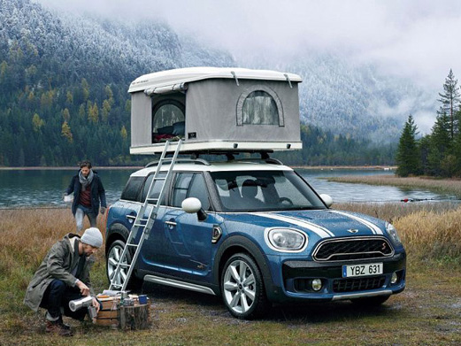 キャンプや車中泊の概念が変わる!?クルマで快適に寝泊まりできるテント&タープ