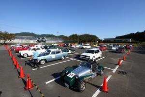 名車ゾロゾロ53台! 秋の栃木で豪華なパレードランを行った