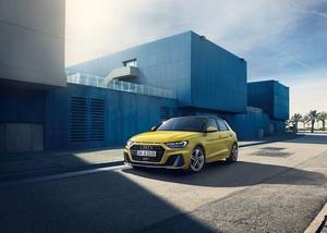 先代モデルよりも最大トルク15Nmアップした1.0ℓTFSIエンジンを搭載!新型「Audi A1 Sportback 25 TFSI」