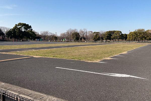なぜいま? 都立公園の駐車場閉鎖に困惑の声 緊急事態宣言ラストスパートで実施したワケ