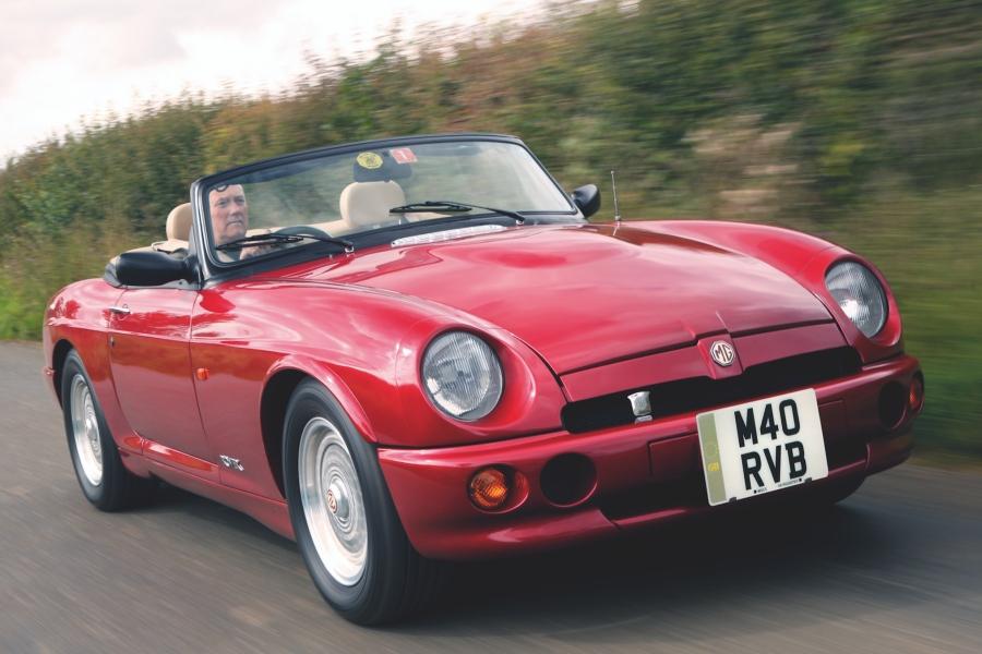 【80%は日本が輸入】MG RV8 英国版中古車ガイド 3.9L V8のブリティッシュ・スポーツ