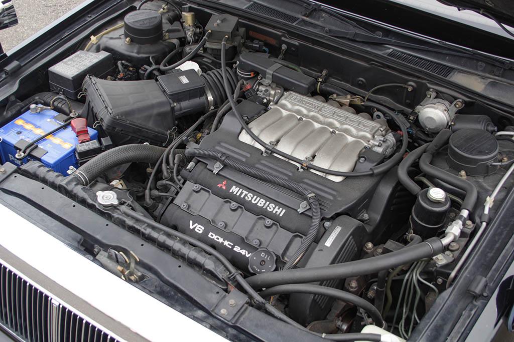 「あの頃の三菱は熱かった・・・」究極の快適性を追求したデボネアV・3000DOHCロイヤルエクストラに遭遇!【ManiaxCars】