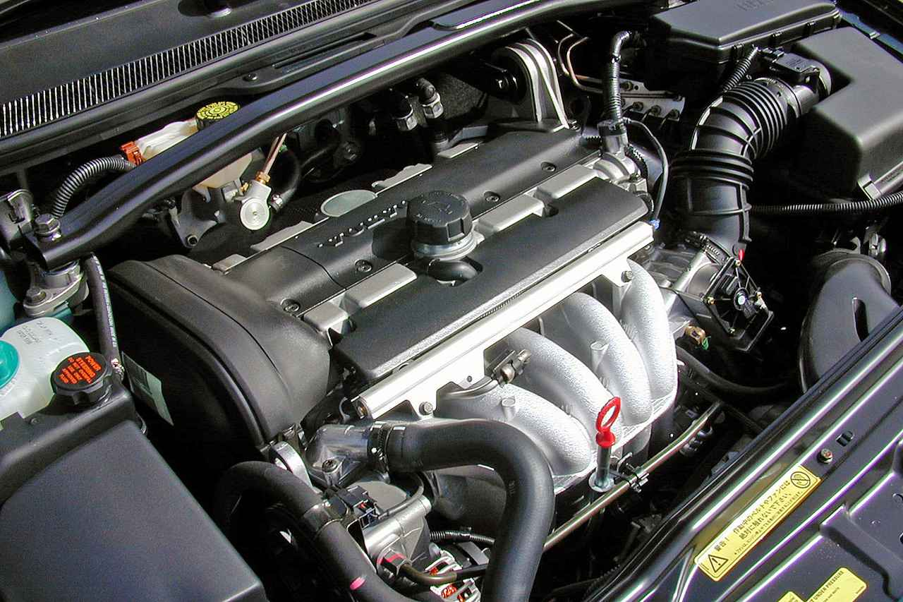 【懐かしの輸入車 23】ボルボ V70はベーシックグレードでも十分に満足できる内容だった