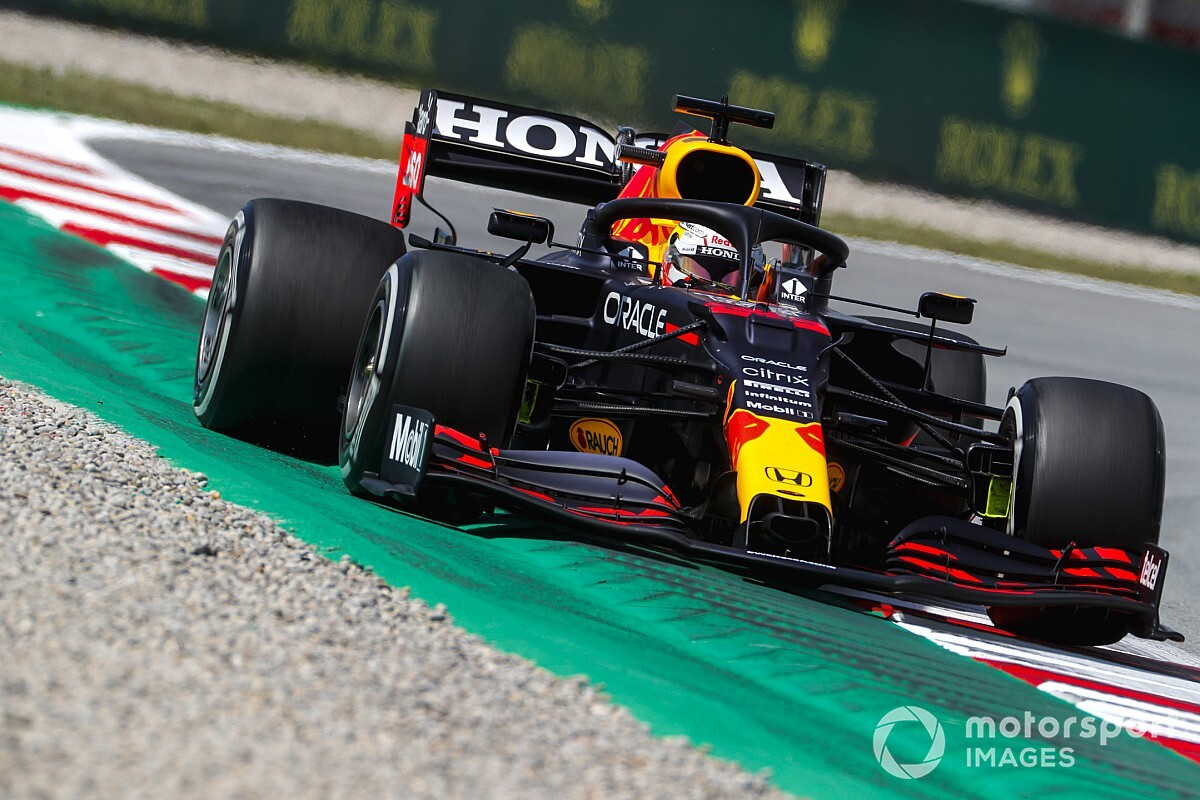F1スペインGP予選速報:ポールポジションは自身100回目となるメルセデス・ハミルトン、角田は16番手