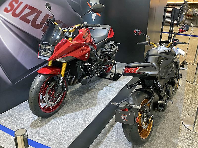 【スズキ】WEB モーターサイクルショー2020に参考出品した「KATANA 特別色」を東京・名古屋で展示