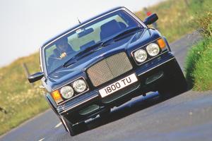【過度に恐れないで】ベントレー・ターボR カギは整備履歴 英国版中古車ガイド