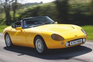 【弱点はシャシーのサビと電装系】TVRグリフィス 2代目 英国版中古車ガイド