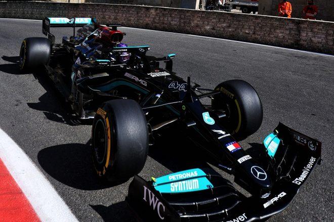 メルセデスF1、選手権首位から陥落も、今季開発優先の意向なし「2022年のプロジェクトを予定どおり進める」