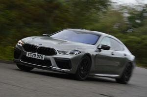 【英国の道では味わいきれない】BMW M8コンペティション・グランクーペに試乗